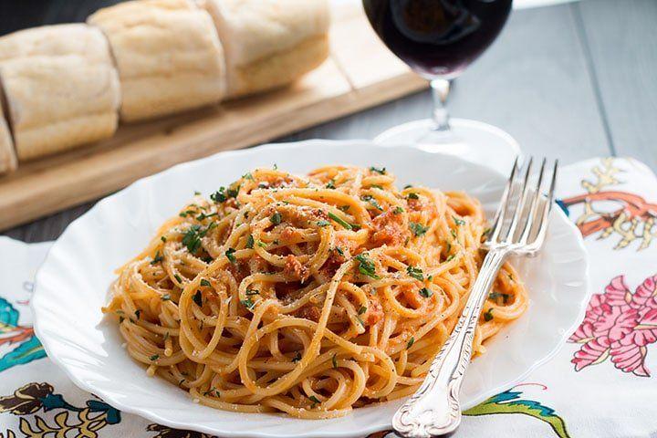 Spaghetti with Skinny Tomato Cream Sauce - Erren's Kitchen #tomatocreamsauces