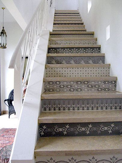 A Collection of Colorful Stairs Escaliers, Relooking maison et