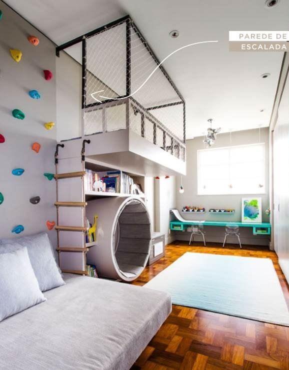 Quarto lúdico com parede de escalada  • kids room •  Pinterest  아이 방 ...