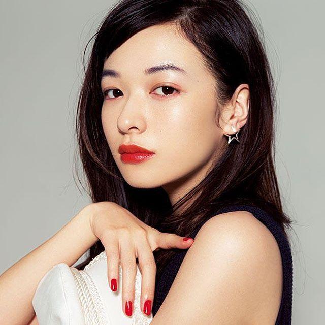 ジューシーオレンジで都会のマリンメイク #森絵梨佳#おフェロ#イガリメイク#雌ガール#美人#可愛い#美しい#赤リップ#メイク#コスメ#透明感#美肌#voce#雑誌#モデル#イガリシノブ#マリンメイク#おしゃれ#JapaneseModel#beauty#kawaii#cute#lovely#makeup#cosume#redLip#magazine