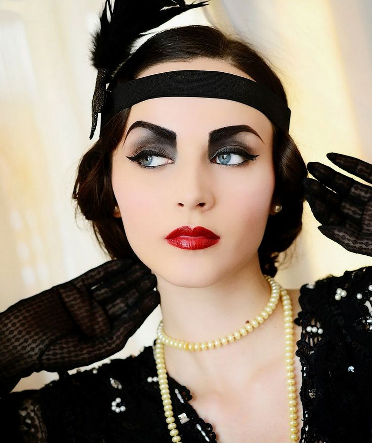 Pin By On 4 Pinterest Gatsby 1920s And Makeup