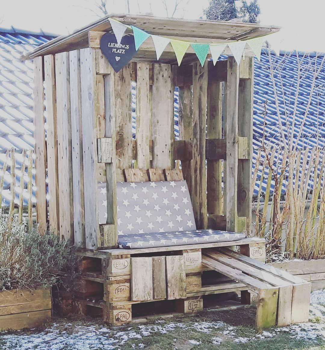 Kinderhaus Artgerecht Wirwartenaufdenfruhling Diy Garten Garden Strandkorb Palettensindsuper Palettenmobel Out Garden Design Layout Backyard Diy Lawn