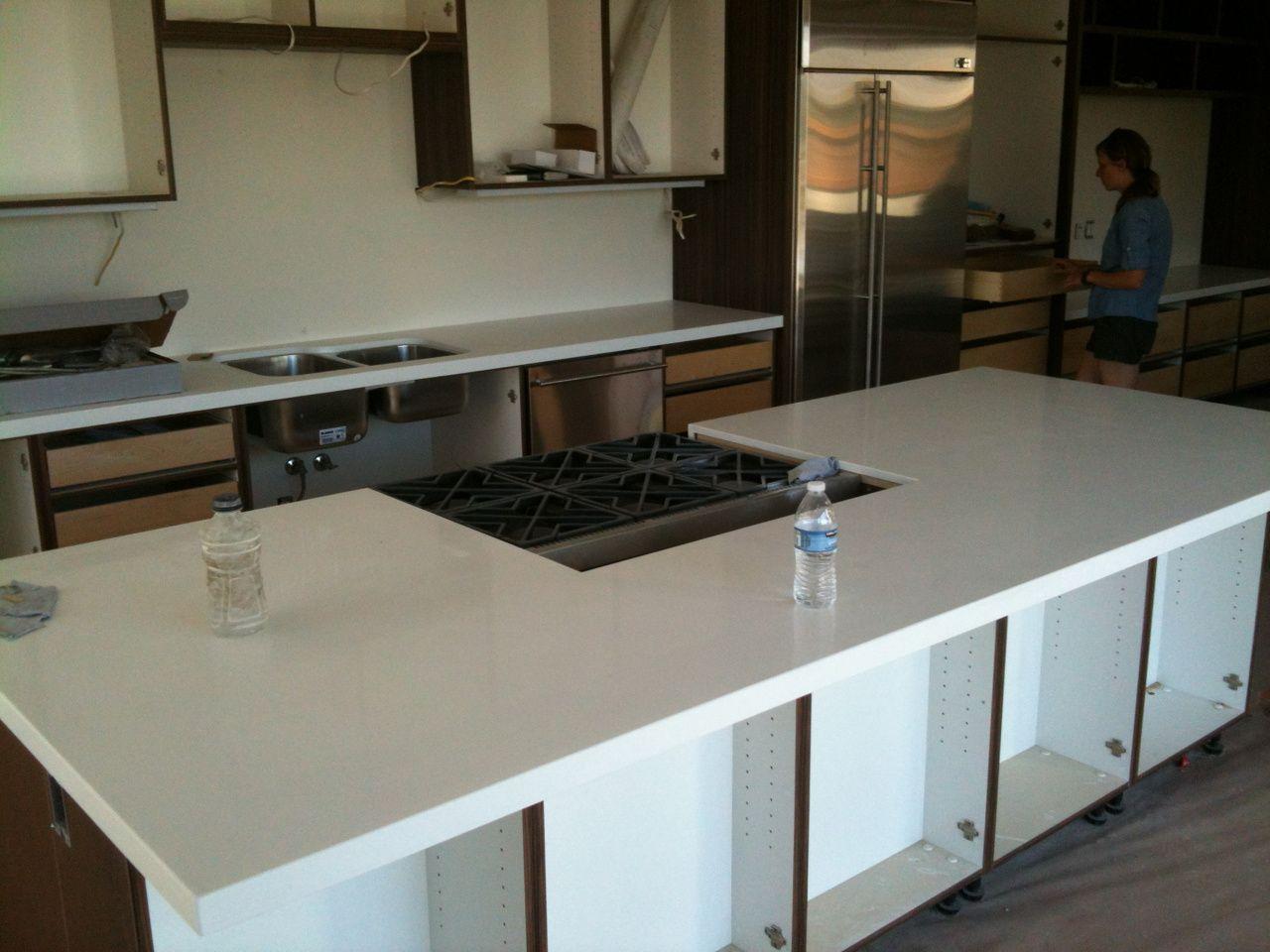 55 white quartz countertops stain kitchen island countertop ideas check more at http on kitchen island ideas white quartz id=38487
