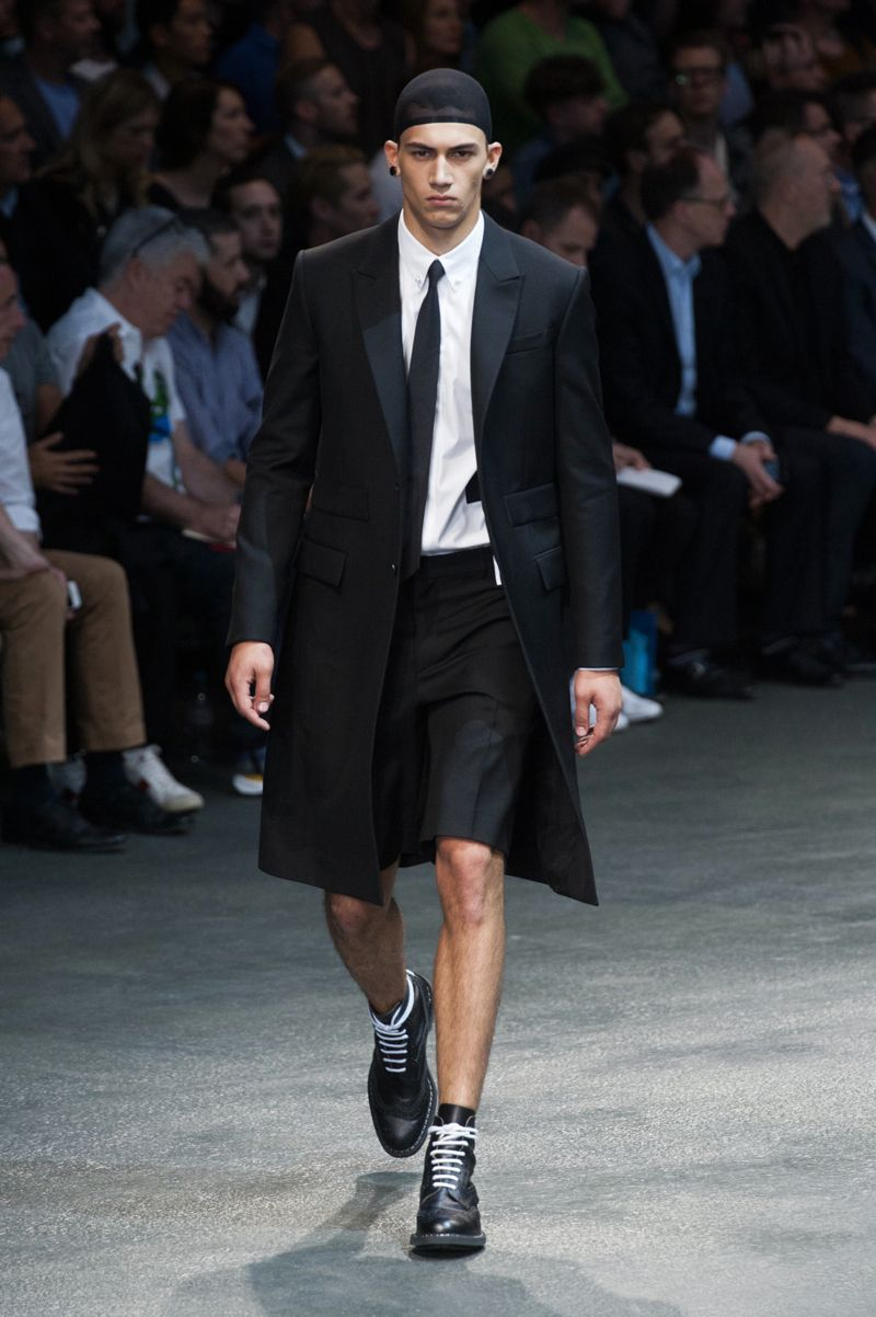 Givenchy-2015-Men-Spring-Summer-Paris-Fashion-Week-003