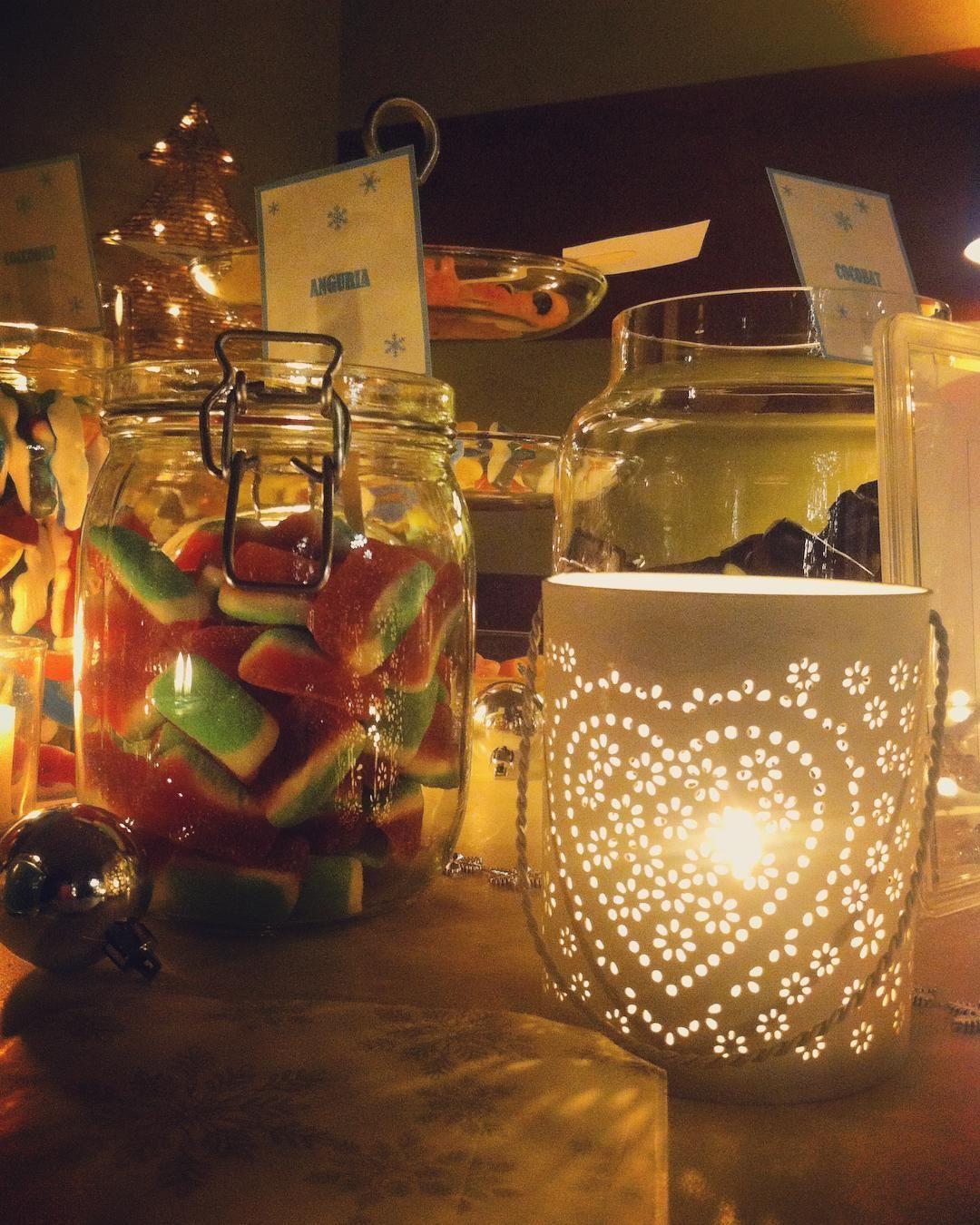 Sweet moments #weddingday #weddingtime #Event_ualmente #instawedding #bergamo #igersbergamo #IlariaFrancesco #weddingdecor #fattocolcuore #confettata #sweettable #candele #lights #caramelle #allestimento #matrimonio #cool #igerslombardia #weddinginitaly