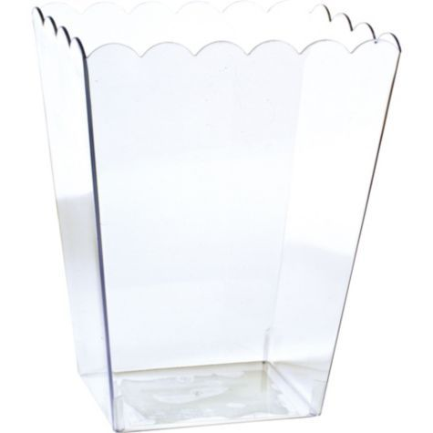 Large Clear Plastic Scalloped Container from Party City