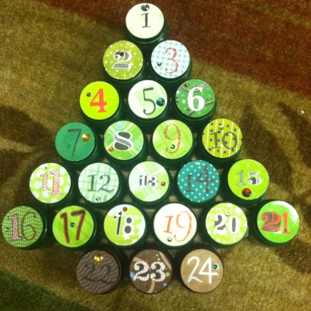 Baby food jar advent calendar crafts christmas for Baby food jar crafts pinterest