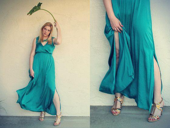 #maxi #dress #summer #fashion #emerald   www.eclecticalamode.com