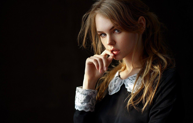 Обои портрет, школьница, губки, локоны, Настя, Анастасия ...