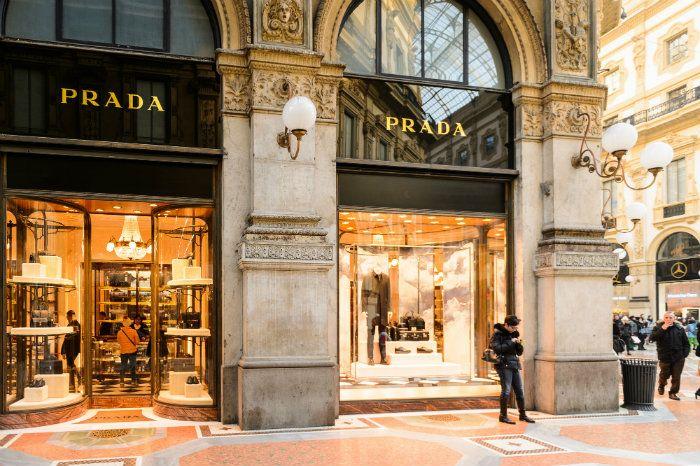 Milan: World's Best Fashion & Luxury Shopping Destination   Luxury shop,  Shopping destinations, Luxury