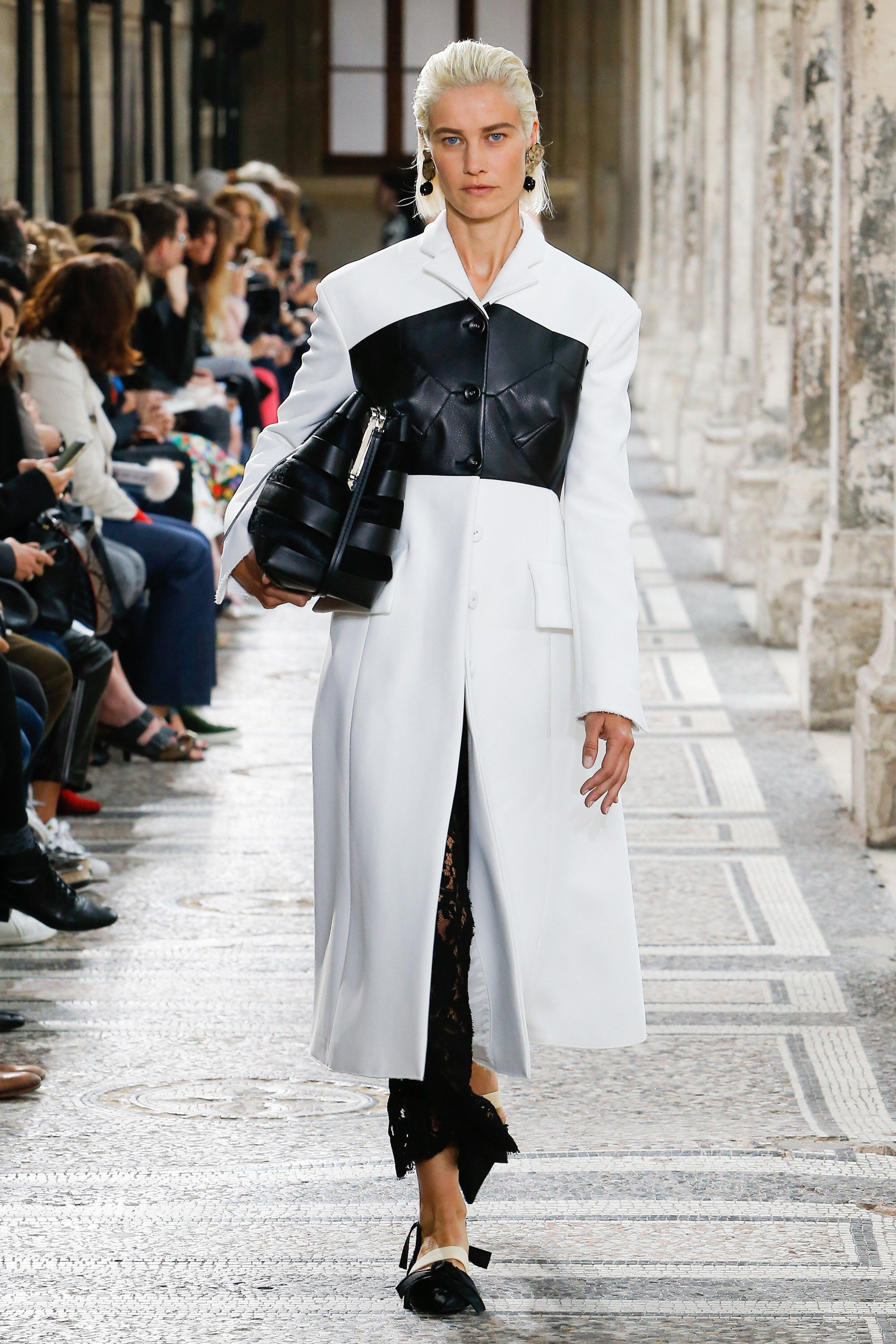c2df1f3a2b61 Proenza Schouler Spring 2018 Ready-to-Wear Fashion Show Collection  See the  complete Proenza Schouler Spring 2018 Ready-to-Wear collection. Look 16