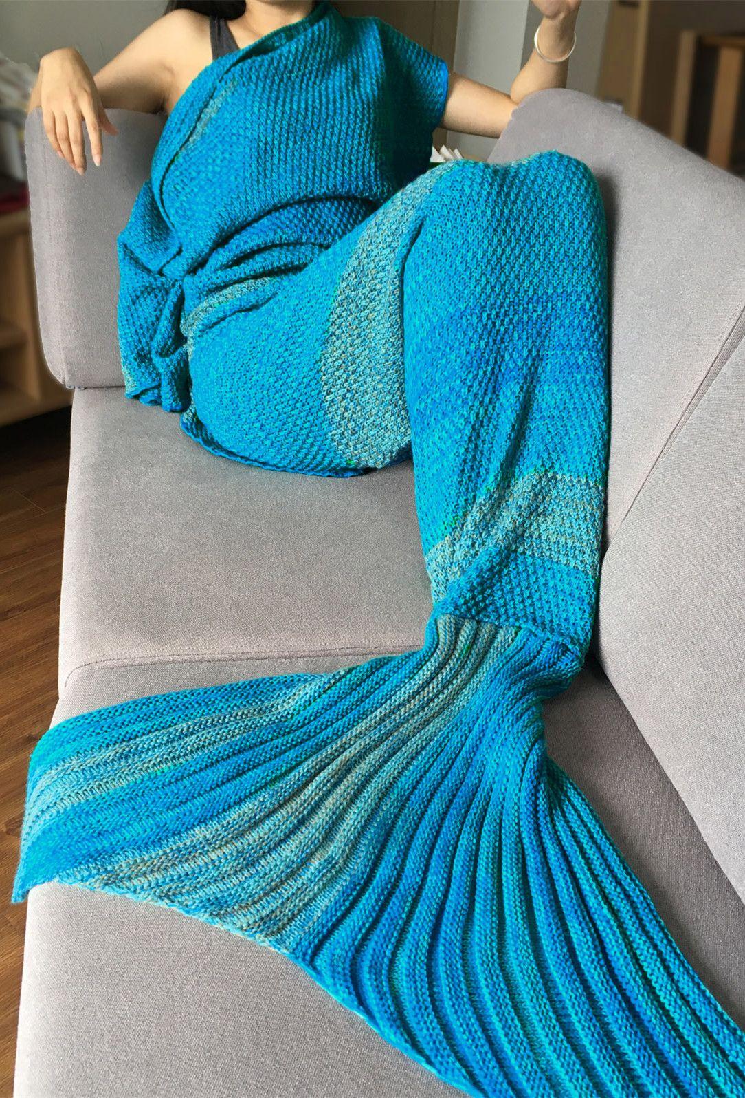 Crochet Stripe Pattern Mermaid Tail Shape Blanket - Blue | Cobija y ...