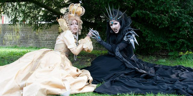 Elf Fantasy Fair 2011 Edition Haarzuilens, Queen of Harbinger death, Jolien-Rosanne and Diana by Qsimple, via Flickr