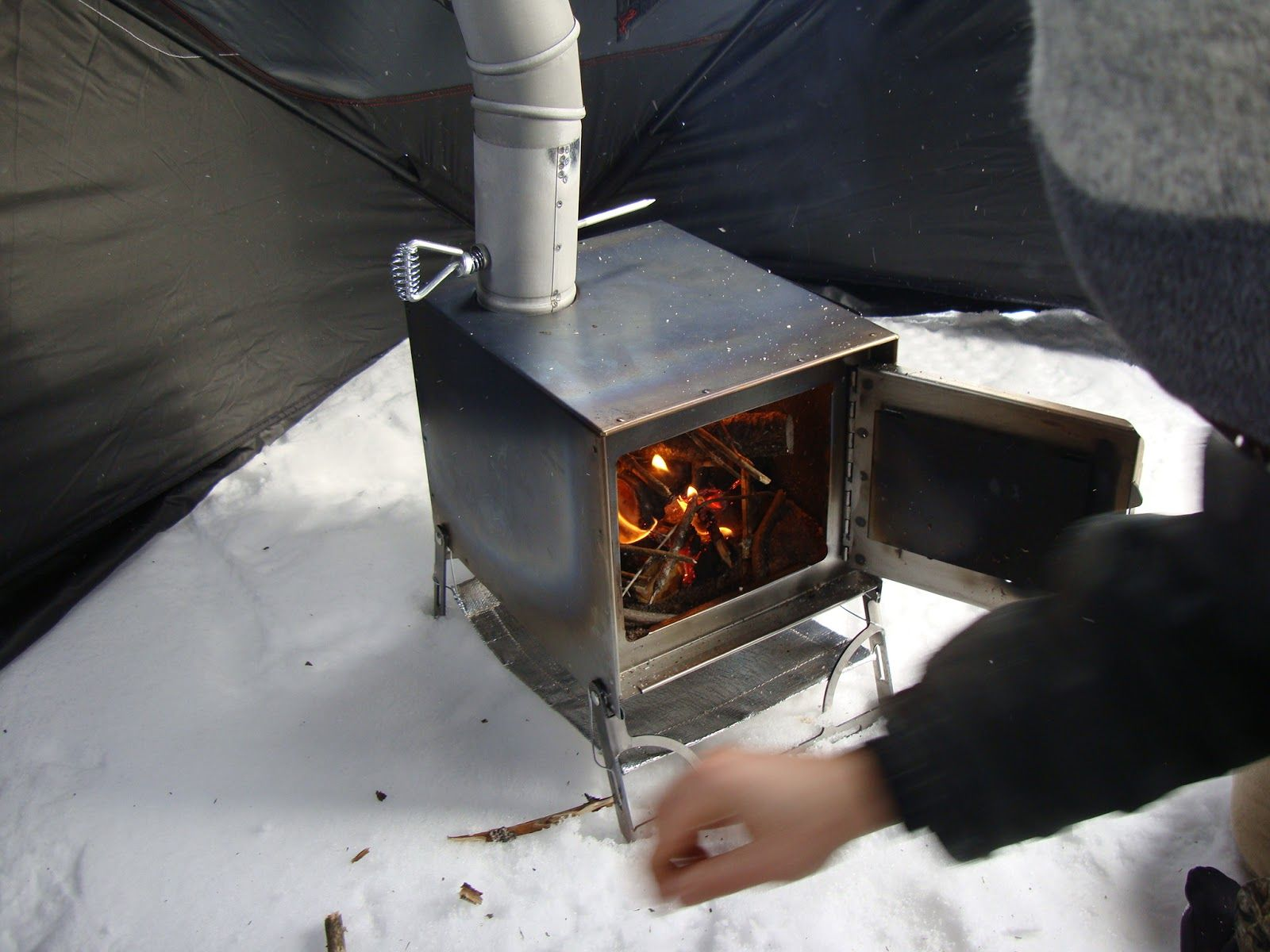 Best woodwork plane ice shack wood stove wooden plans for Wood stove plans