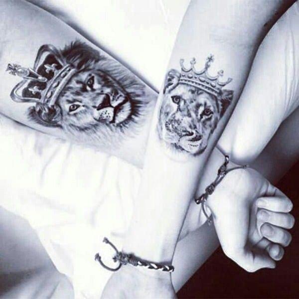 Alianza Tatuaje De Leona Tatuajes De Parejas Tatuaje Novios Y