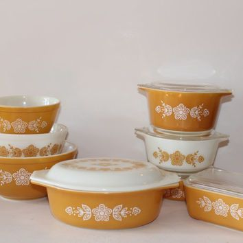 Pyrex Golden Butterfly Oval Covered Casserole Dish