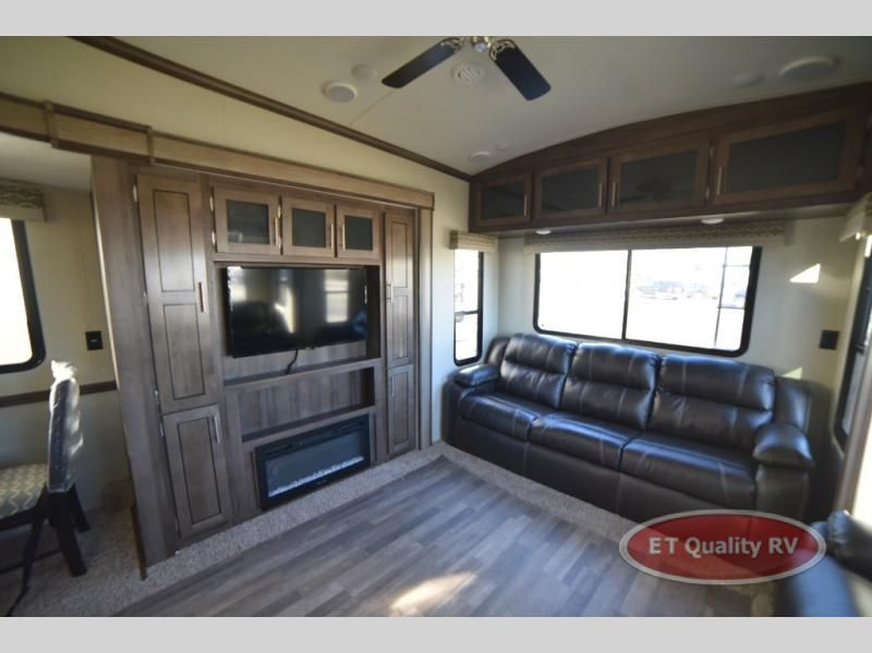 New 2019 Forest River Rv Cardinal Explorer 322ds Fifth Wheel At Et