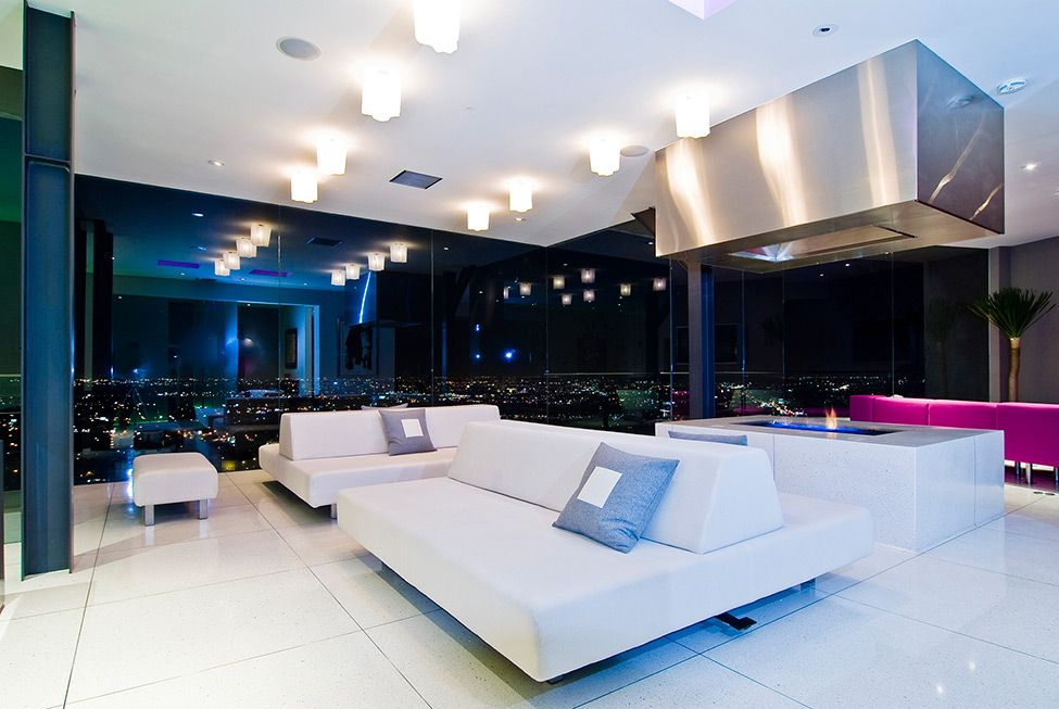 Interior Whipple Russell Architects Harold Way Striking Hollywood Hills  Bachelor Pad With Living Room Car Park
