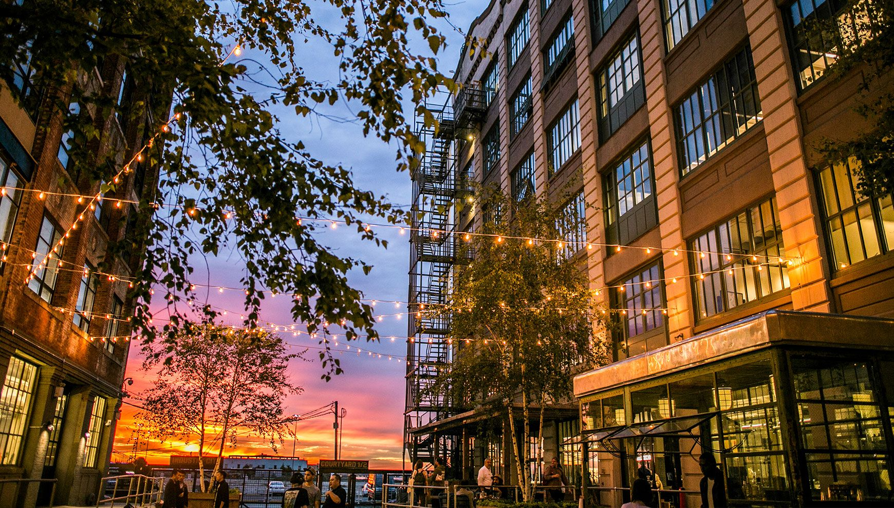 Industry City Brooklyn Sunset Parl With Images City Photo Acre