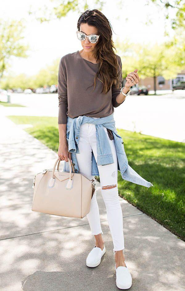 25d6c492f Veja como usar calça branca de acordo com as it girls Calça Jeans Branca  Feminina,