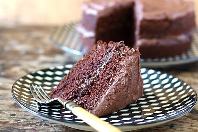 Now, I'm not one to toot my own trumpet too often, but this really is the best vegan chocolate cake, ever. Really. It's rich, fluffy and moist!
