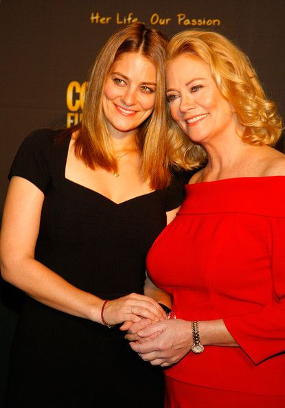 Cybill Shepherd And Clementine Ford Photos Photos 50