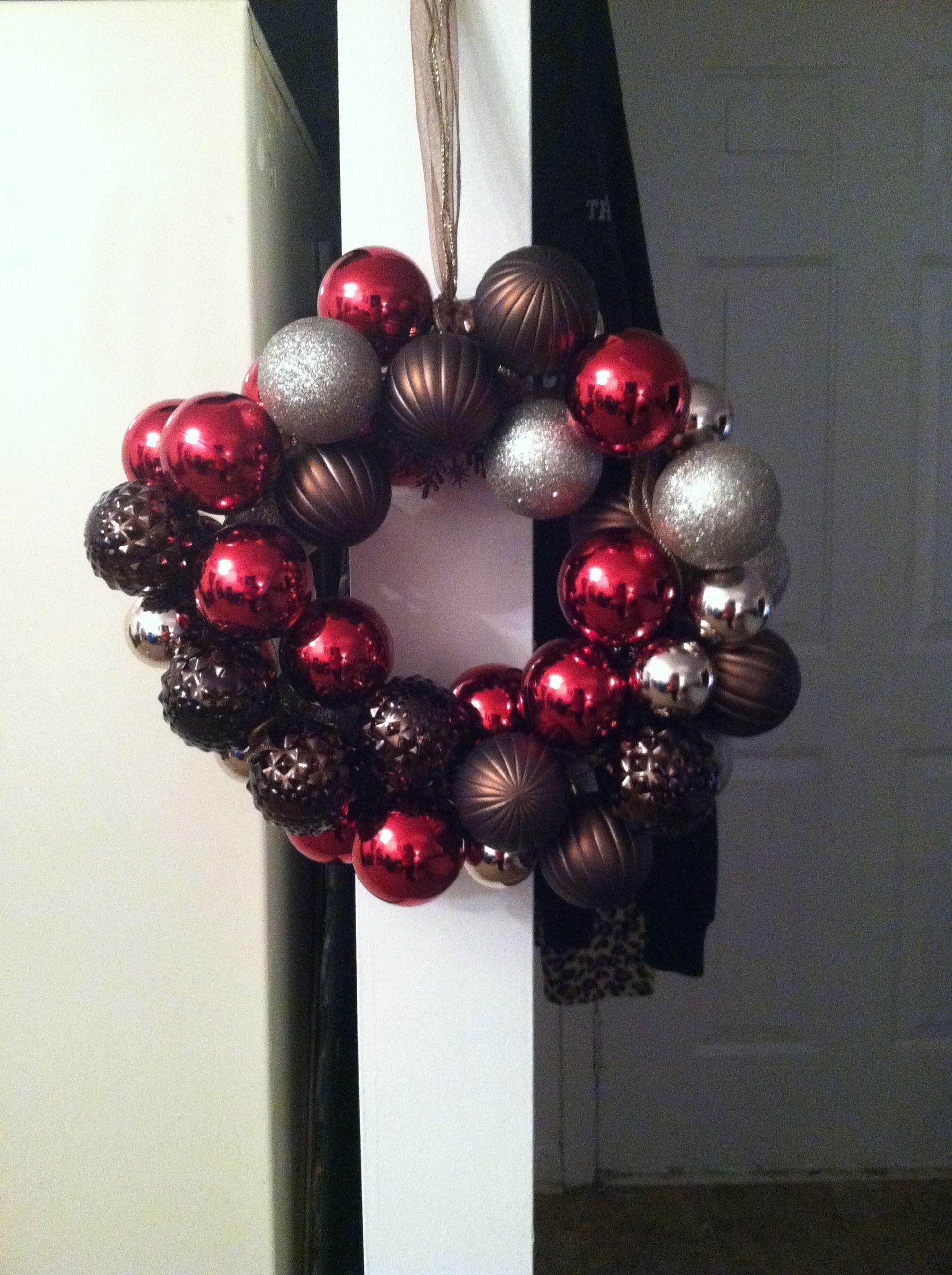 Christmas wreath! made by Felicia. :)