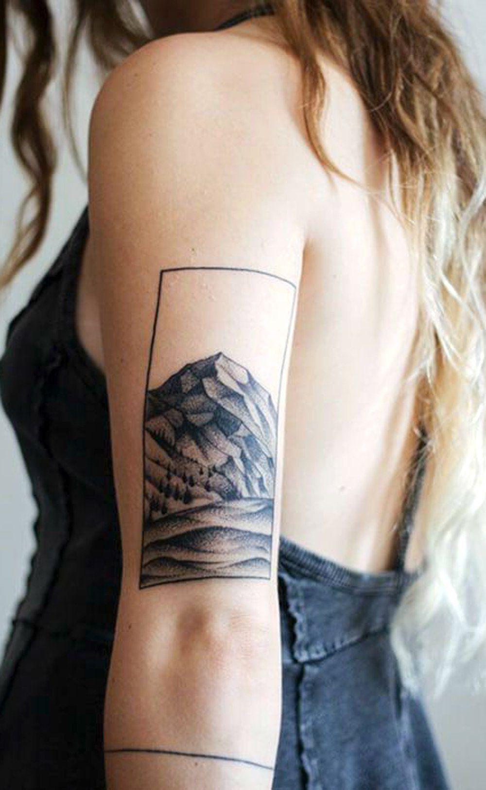 Black Geometric Mountain Back Of Arm Tattoo Ideas For Women Nature Forearm Tat Ideas De Tatuajes De Brazo De Tatuajes Al Azar Tatuajes Tatuajes De Puntos