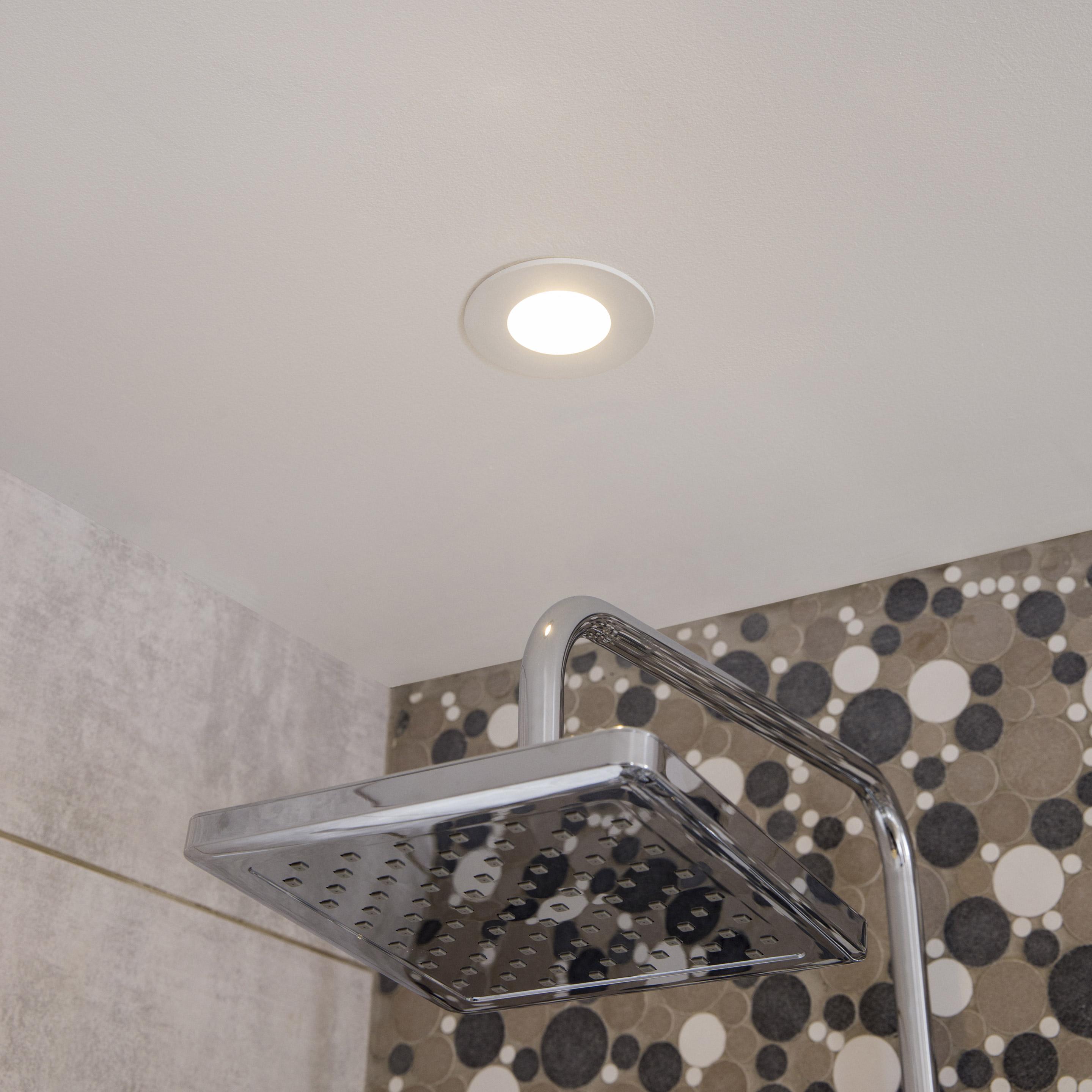 Kit 1 Spot A Encastrer Salle De Bains Led Integree 4000k Inspire Rond Blanc En 2020 Deco Salle De Bain Toilette Led Spots