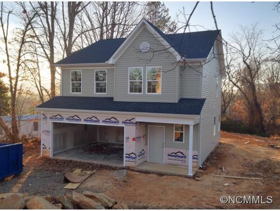 Sold for $202,658 - was $194,850 - 522 E ST, Candler, NC, 28715 - MLS# 562430 - Estately