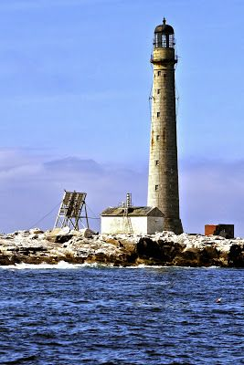 Maine Lighthouses and Beyond: Boon Island Lighthouse - September 2013. To enjoy my blog on lighthouses, flowers, and wildlife, tap on the photo.
