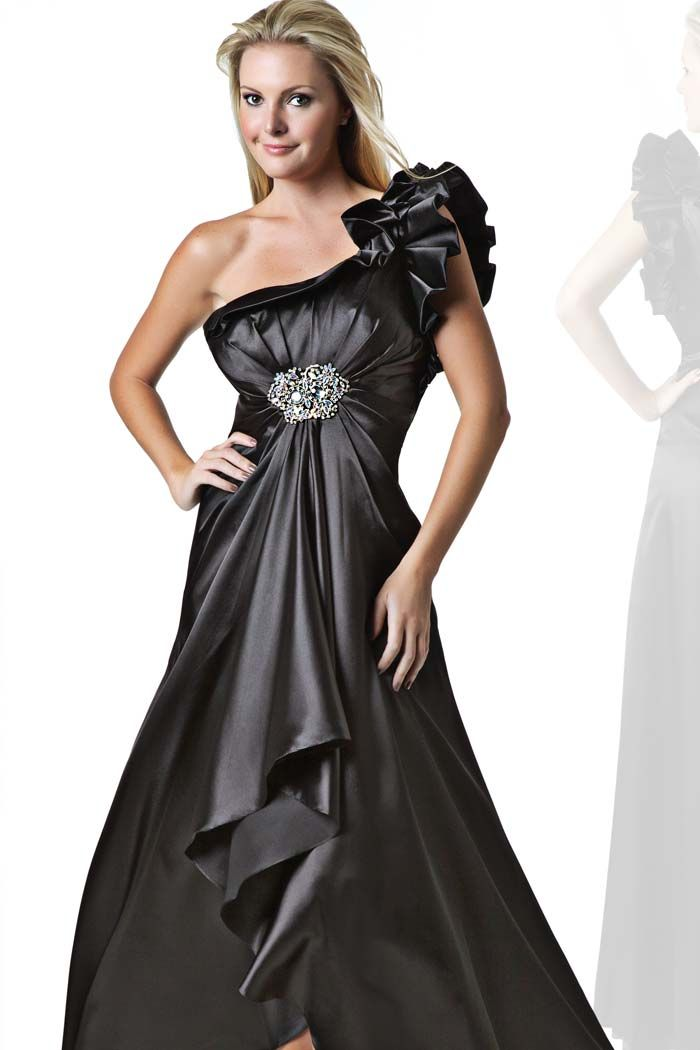 Black JS Prom Gown | Fashion Watch | Pinterest | Js prom, Prom and Gowns