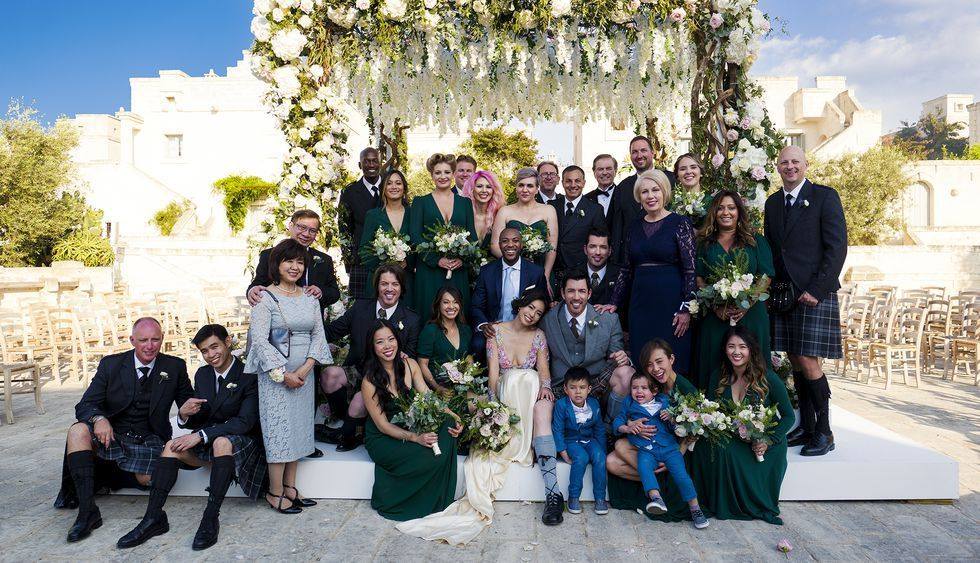 Photo of 12 Rare Photos Of Linda Phan And Drew Scott's Crazy-Beautiful Wedding