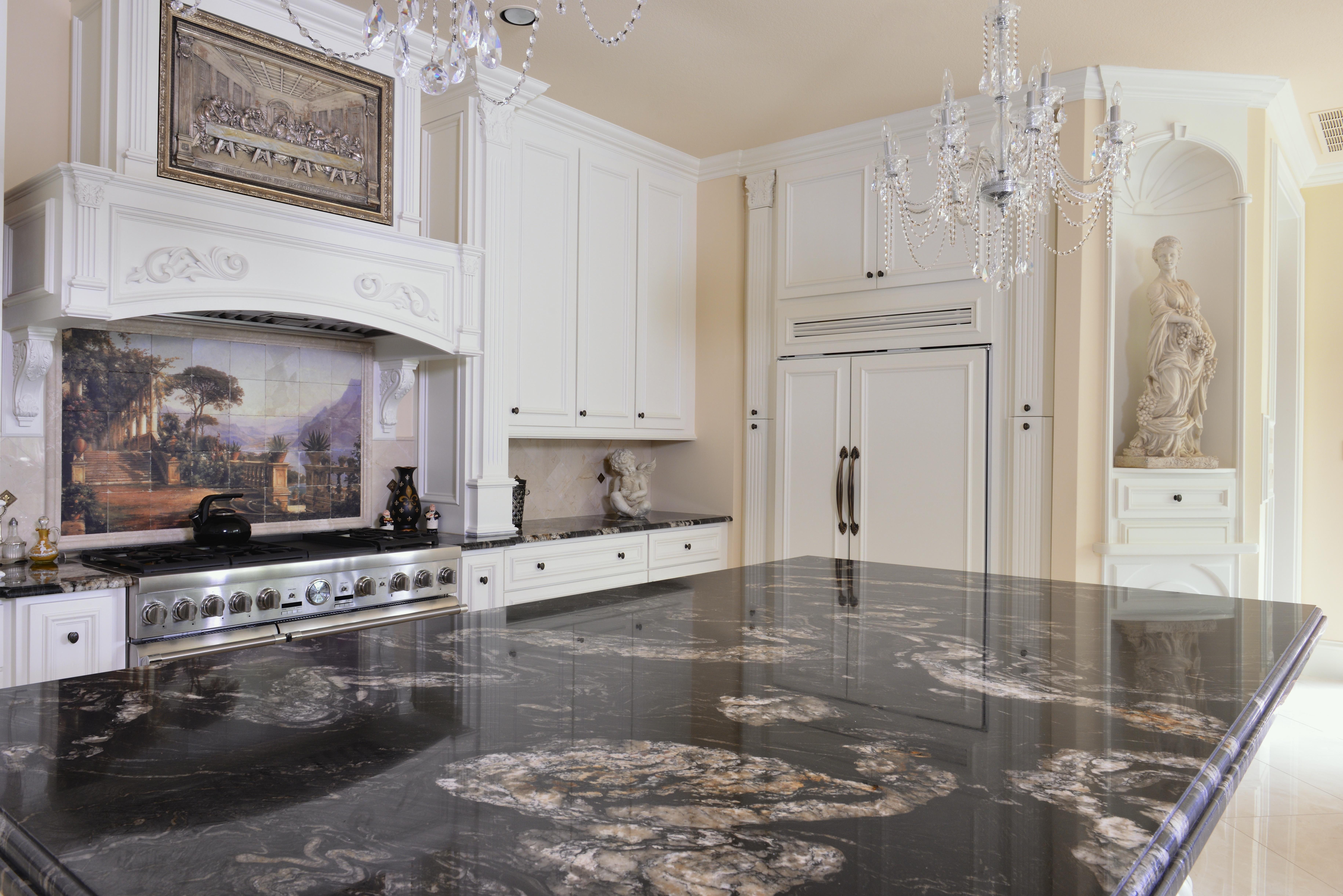 Best Titanium Granite Kitchen This Dramatic Granite Looks 400 x 300