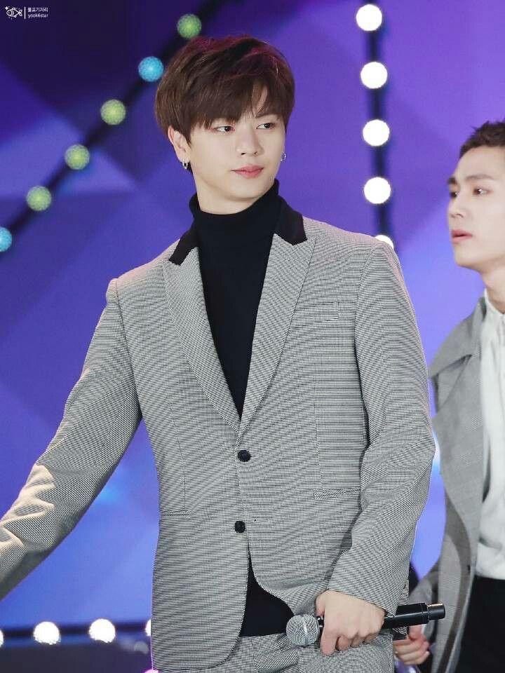 Yook Sungjae Btob Kpop Groupe Kpop