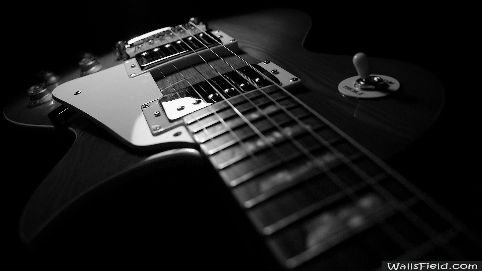 you can view and ment on black guitar free hd