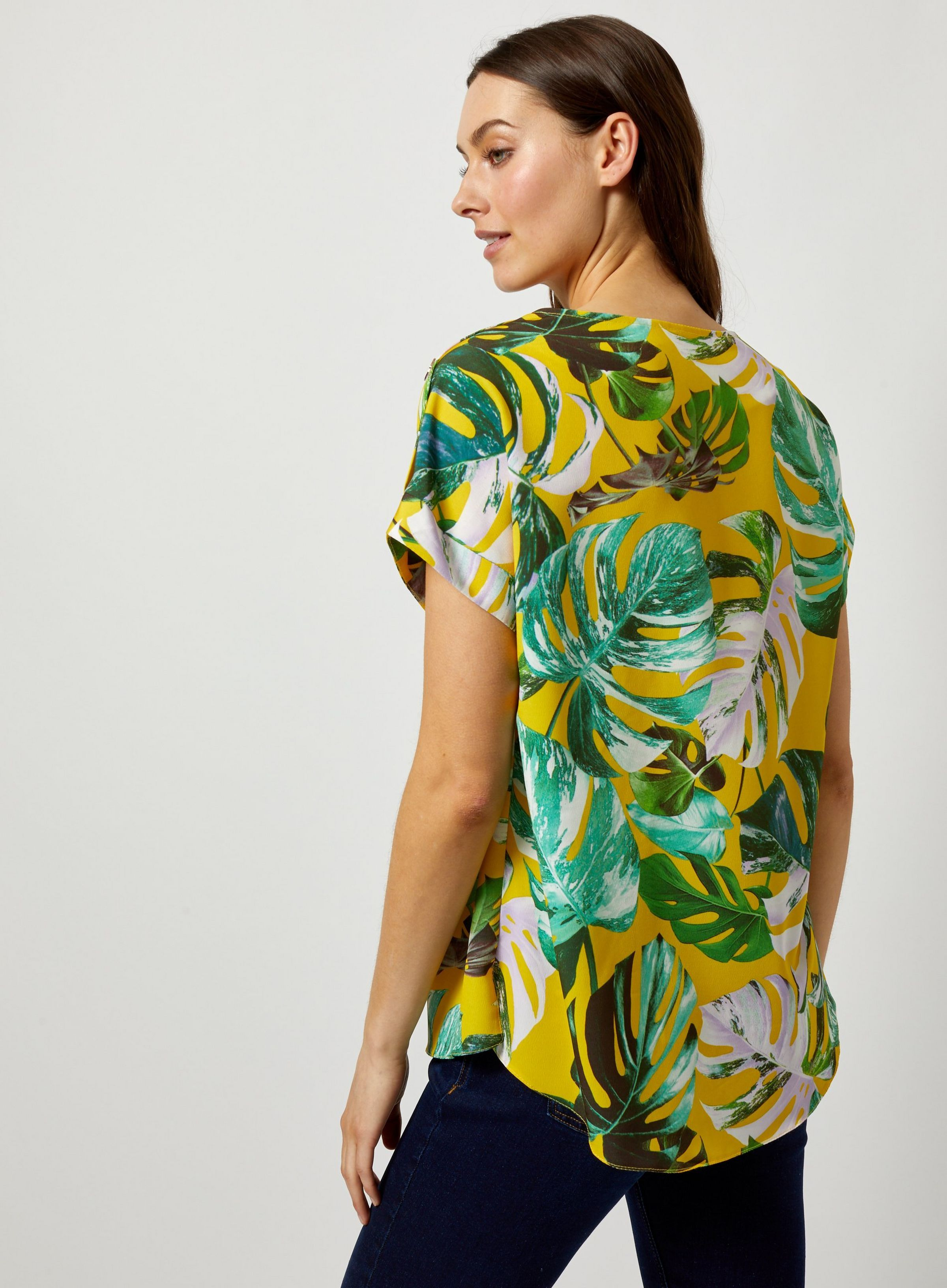35f164e7a2d09 Lime Tropical Print Button T-Shirt in 2019 | JRC IN-STORE 2019 | T ...