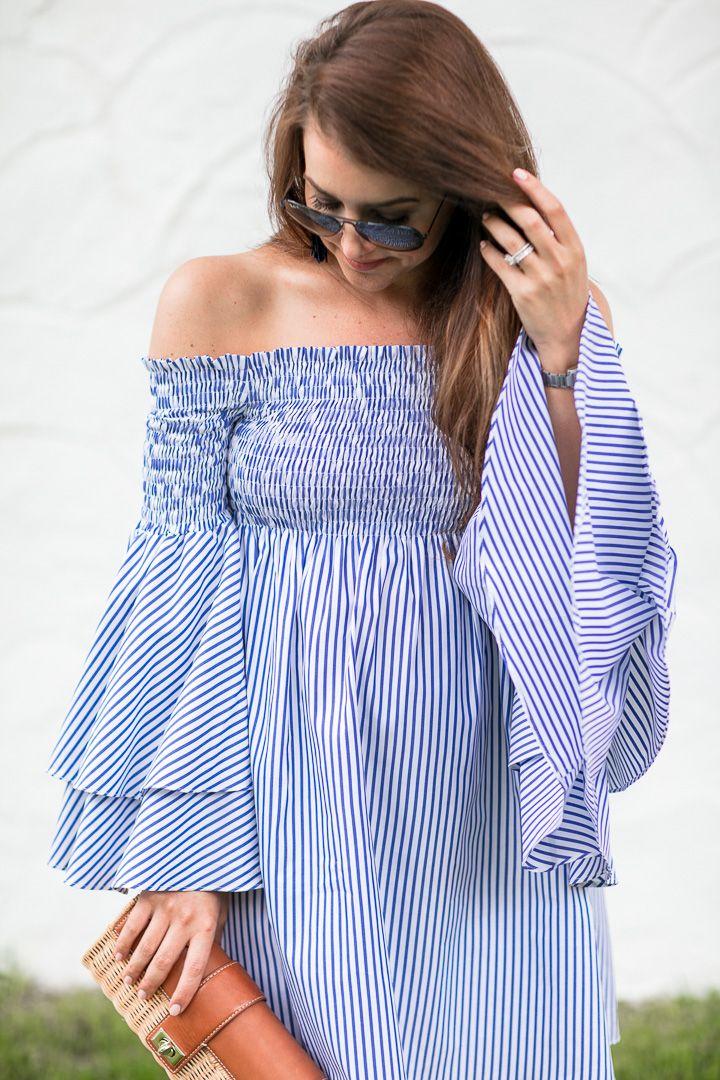 Blaues Weißes Kleid