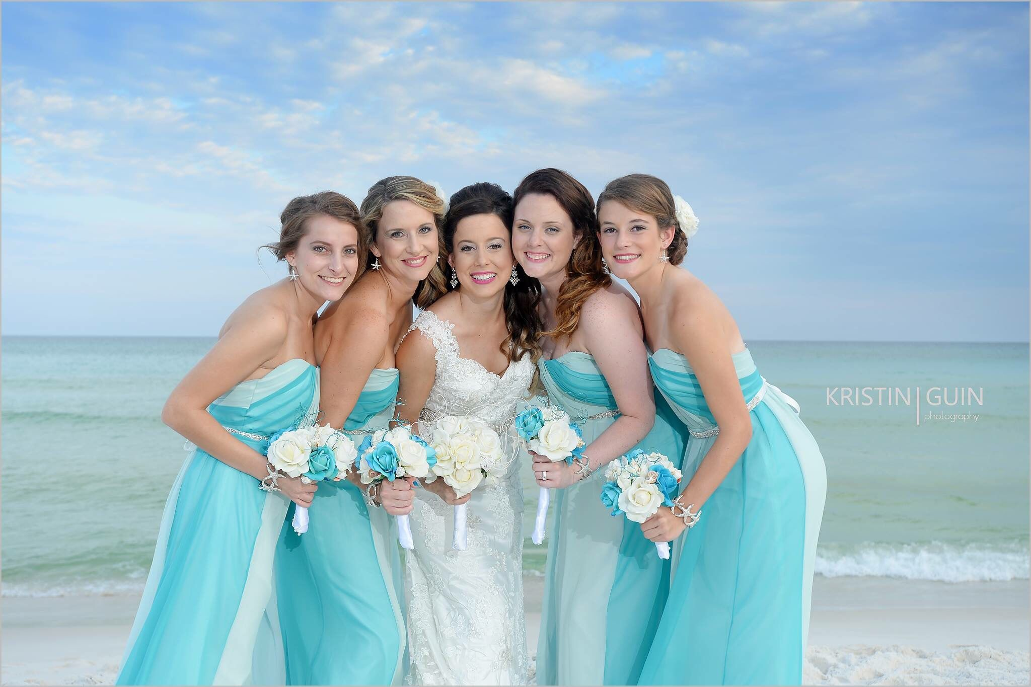 Bride and bridesmaids | Weddings | Pinterest