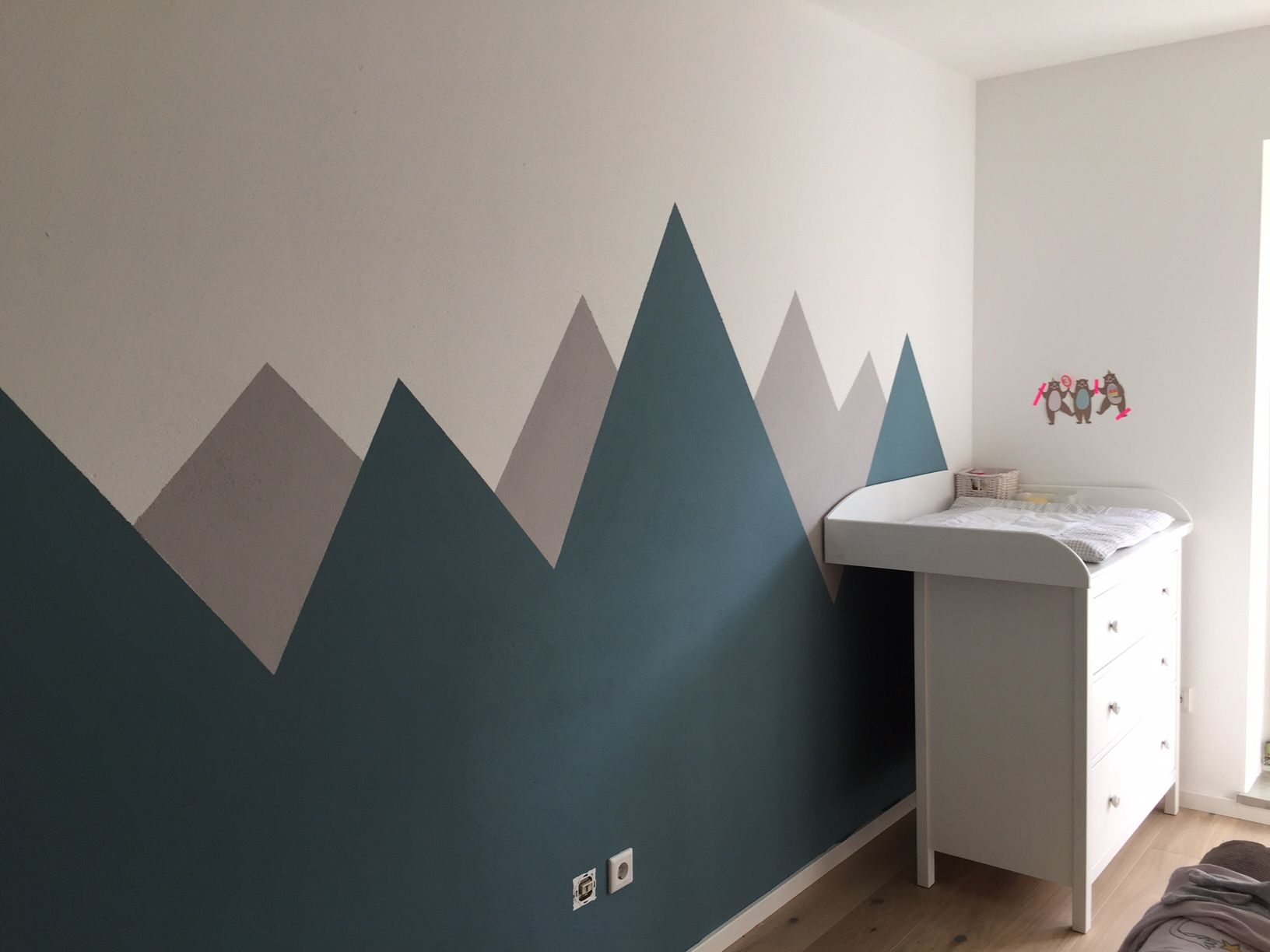 Kidroom Inspiration Berge Mountains Diy Wall Mytwodots Childrens Room Diy Colorful Kids Room Boys Room Diy