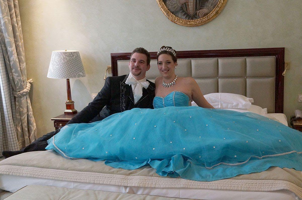 Narrhalla Prinzenpaar 2015: Einzug in die Prinzenpaar-Suite @ Hotel Baye...