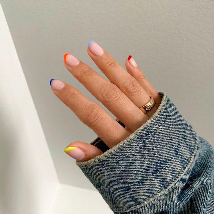 Over 50 Bright Summer Nail Art Designs That Will Be So Trendy All Season Ecemella Minimalist Nails Cute Nails Manicure
