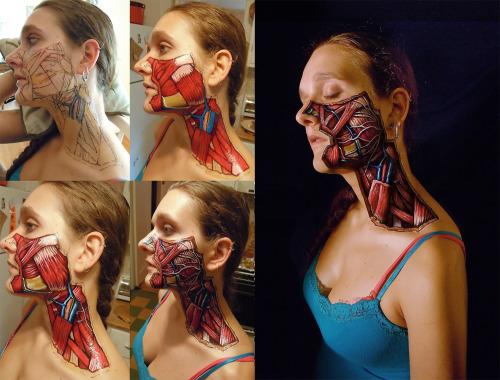 Así se realiza un bodypaint de disección facial (por Danny Quirk)