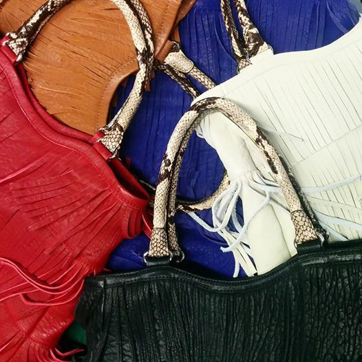 Are you a #handbag lover?  Let's welcome Adom 14/15, #JLANG's latest obsession…