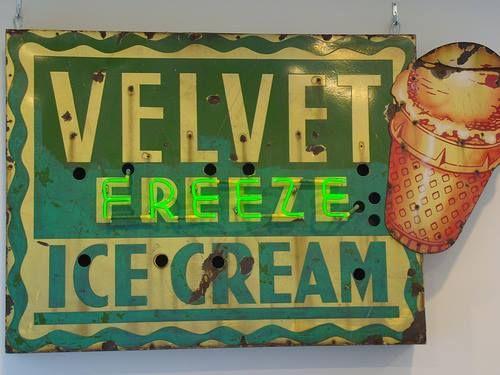 My 1st Job Was At The Velvet Freeze On St John Vintage Neon Signs St Louis Missouri St Louis Mo