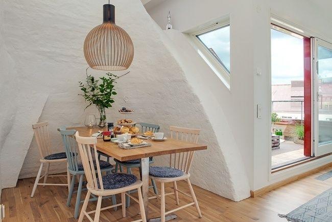 dachwohnung einrichtung essbereich helles holz essmöbel | old and ...