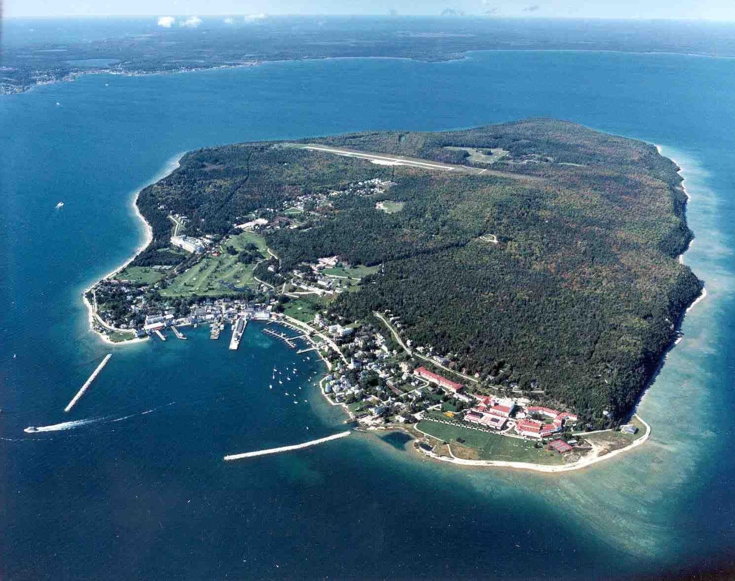 Pure Michigan Honeymoon Part Two Mackinac Island Michigan Mackinac Island Michigan Travel