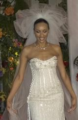The most expensive wedding dress is a superb dress with many ...
