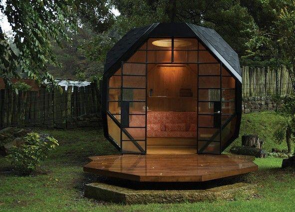 Abris de jardin en bois design ou cabane ou cabanon en metal
