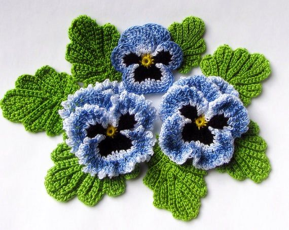 Irish Crochet Flower PATTERN PDF, Realistic Pansy Photo Tutorial for Spring Flower Bouquet, Applique or Brooch #irishcrochetflowers